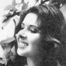 Betty Faria - 454 x 387