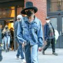 Miley Cyrus – Exits a building in New York