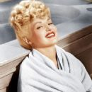Betty Grable - 454 x 575