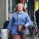 Melissa McCarthy – Filming 'The Kitchen' in NYC - 454 x 755