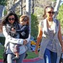 "Kim, Kourtney & Kris Have A ""Perfect Sunday"""