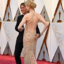 Keith Urban and Nicole Kidman At The 89th Annual Academy Awards - Arrivals (2017) - 417 x 600