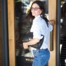 Courtney Cox – Out for Lunch at The Honor Bar in Los Angeles - 454 x 682