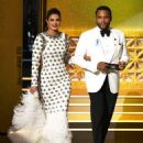 Priyanka Chopra : 69th Annual Primetime Emmy Awards - 454 x 583