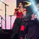 Dua Lipa – Performing on the 'Jimmy Kimmel Live!' show in LA - 454 x 605