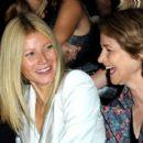 Gwyneth Paltrow - Stella McCartney Show/Paris Fashion Week (10/05/09)
