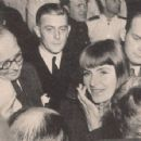 Greta Garbo - 454 x 354