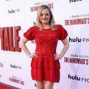 Elisabeth Moss – The Hulu's 'The Handmaid's Tale' Season 3 Finale in Westwood - 454 x 694