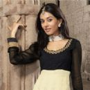Amrita Rao New Salwar Kameez Collection - 454 x 454
