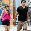 Mark Sanchez and Jamie-Lynn Sigler - 240 x 320