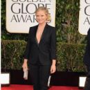 Amy Poehler arrives at the 70th Annual Golden Globe Awards held at The Beverly Hilton Hotel in Beverly Hills, Calif., on January 13, 2013 - 405 x 600