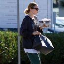 Ashley Olsen – Grabbing coffee in Los Angeles