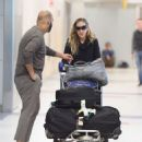Sarah Jessica Parker – Arrives at JFK airport in New York City