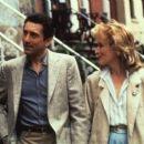 Meryl Streep and Robert De Niro in Falling in Love (1984) - 454 x 256