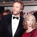 Clint Eastwood and Sondra Locke - 439 x 305