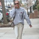 Karlie Kloss is spotted out and about in New York City, New York on January 20, 2017 - 408 x 600