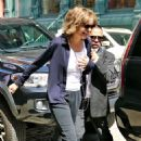 Lisa Rinna – white top worn with jogging suit in New York City - 454 x 509