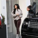 Kylie Jenner Spotted out in Beverly Hills CA February 1, 2017 - 454 x 512