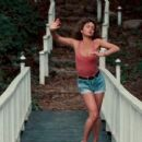 Jennifer Grey - 454 x 255