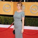 """Jenna Fischer Talks Steve Carrell's """"Office"""" Replacement"""