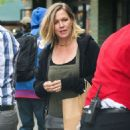 Jennie Garth Out in New York - 454 x 622
