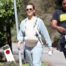 Jessica Alba – Oout for a morning walk in Los Angeles