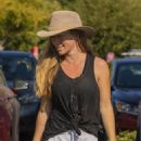 Kendra Wilkinson – Shopping candids in Los Angeles