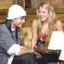 Tom Kaulitz and Chantelle Paige - 454 x 301