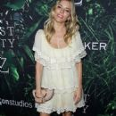 Sienna Miller – 'The Lost City Of Z' Premiere in Hollywood - 454 x 681