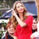 Denise Richards Appears on Extra January 17, 2012