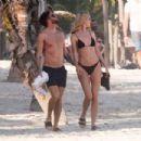 Hannah Cooper in black bikini and Joel Dommett Enjoy a Day in Mexico - 454 x 303