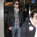 John Mayer: Leaving LAX - 454 x 726