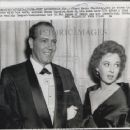 1959 Press Photo Floyd Eaton Chalkley With Susan Hayward Died At Home