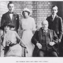 George Reid with wife Florence and their children (left to right) Douglas, Thelma and Clive, in London, 1915