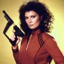 Jane Badler as Diana in V - 322 x 480