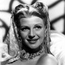 Rita Hayworth - 454 x 597