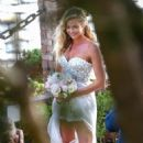 Denise Richards – Marrying Aaron Phypers in Malibu - 454 x 681