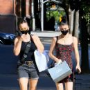 Kaley Cuoco with her sister Briana – Shopping candids in SoHo