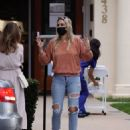 Molly Sims – In ripped jeans out in Santa Monica
