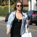 Arielle Kebbel – Shopping in Beverly Hills - 454 x 681