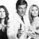 Roger Moore and Maud Adams - 450 x 300