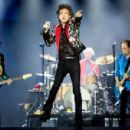 Mick Jagger of The Rolling Stones performs onstage at Hard Rock Stadium on August 30, 2019 in Miami, Florida - 454 x 299