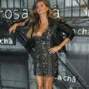 Gisele Bundchen – Rosa Cha Summer Collection Lauch Event in Sao Paulo - 454 x 676