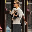 Jessica Hart: pick up her and her Yorkie in New York City