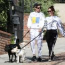 Kristen Stewart and Sara Dinkin – Hiking with their dogs in Los Angeles - 454 x 363