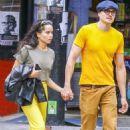 Zoe Kravitz – With boyfriend out in Soho - 454 x 681