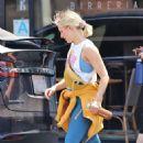 Kristen Bell – Leaves the gym in LA