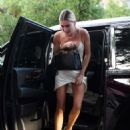 Hailey Baldwin – Attending a church conference in Miami