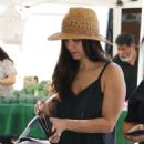 Roselyn Sanchez – Shopping at the Farmer's Market in Studio City - 454 x 681
