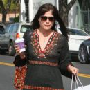 Selma Blair Shopping With Her Boyfriend in Beverly Hills - 454 x 611